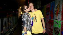 Neon, animal print e transparências: famosos capricham no look em festival de música