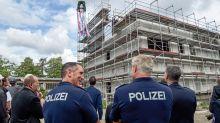 Rohbau steht: Richtfest am Trainingszentrum der Polizei in Lankwitz