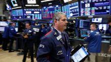 Fondos reducen tenencias de acciones globales, citan riesgo de guerra comercial: sondeo de BAML