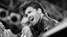George Michael: Fans pay respects to late Wham! star at public memorial in home town