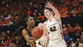 Stanford comes back to edge Oregon State