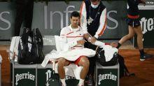 Roland-Garros (H) - Roland-Garros : Novak Djokovic a «un problème au cou et à l'épaule»