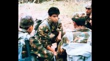 #Throwback! When Shah Rukh Khan Was Chased By Fauji Director With A Stone