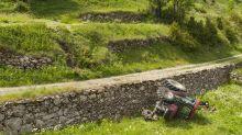 Gers : le tracteur se retourne, une fillette de 4 ans décède, sa mère dans un état grave