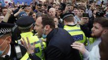 Foot - Super Ligue - Chelsea - Super Ligue : Petr Cech (Chelsea) pris à partie par les supporters
