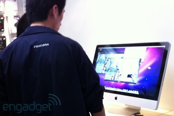 Visualized: a Foxconn worker walks into an Apple store...