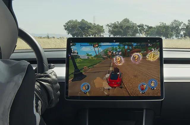 Tesla drivers can play 'Beach Buggy Racing 2' starting today