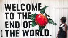 """Bienvenidos al 2060, """"el hostel del fin del mundo"""""""