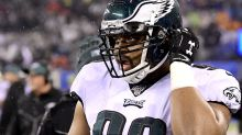 Eagles waive two players to open up roster spots
