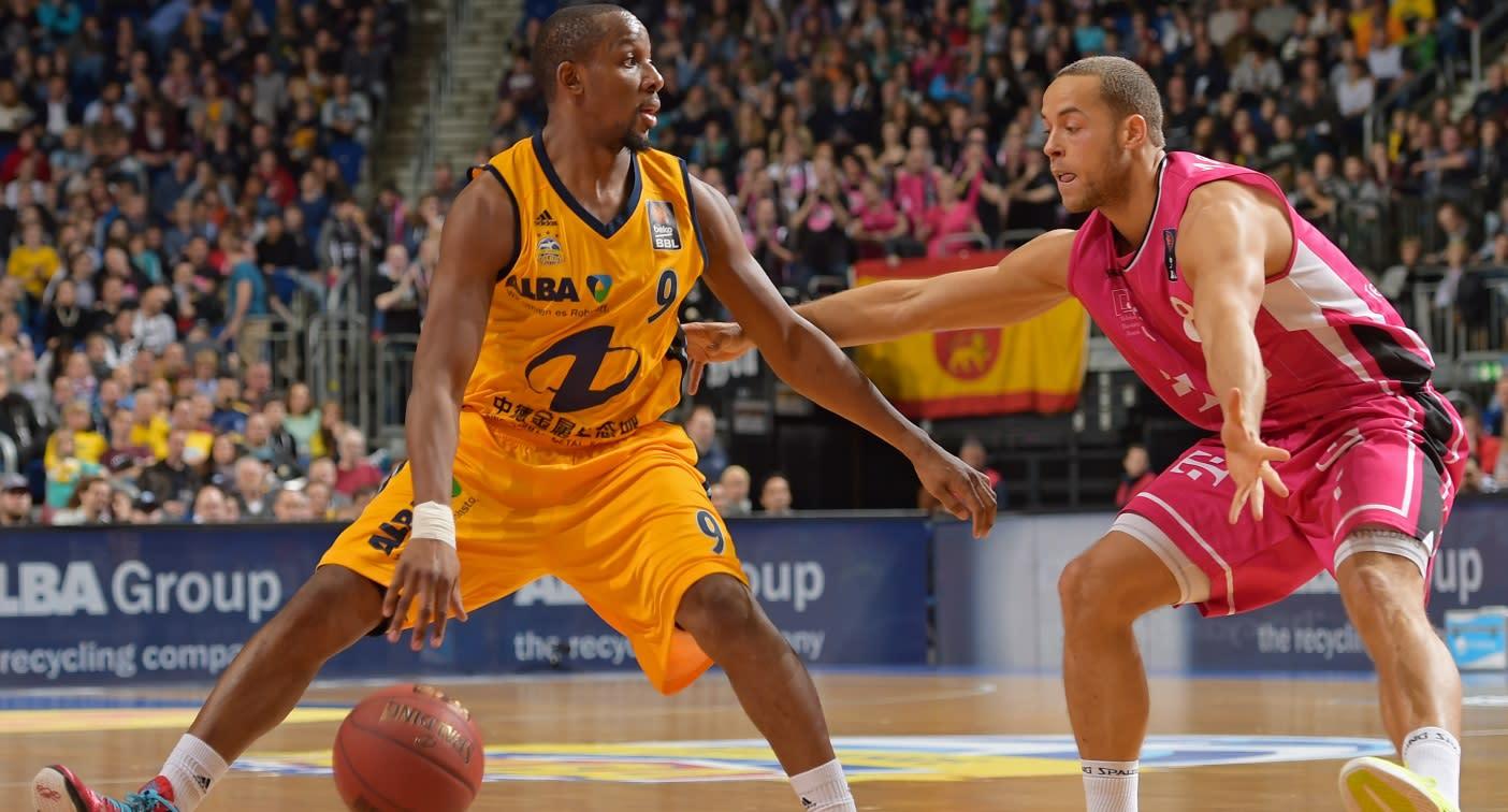 Mangold Basketball