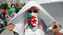 La voz del feminismo se levanta con fuerza al calor de la protesta en Argelia