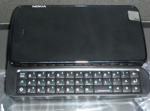 Nokia RX-51 tablet captured in the wild