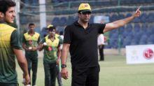Akram puts hand up for bushfire appeal
