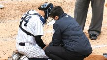 Yankees' Gary Sanchez OK after foul-tip scare