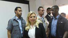 Mulher do premier israelense é considerada culpada por uso indevido de dinheiro público