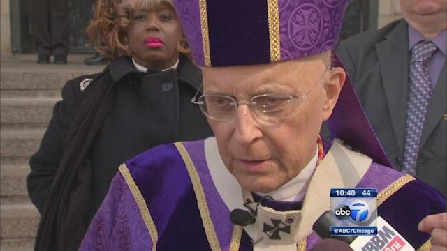 Cardinal Francis George says Mass at Holy Name Cathedral in Chicago
