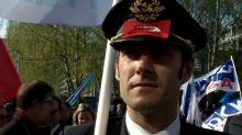 Air France to meet unions as strike hits flights