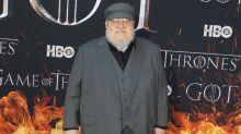 """Wieder Deadline verpasst: """"Game of Thrones""""-Fans wollen George R. R. Martin einsperren"""