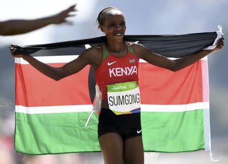 Jemima Sumgong comemora vitória na Rio 2016