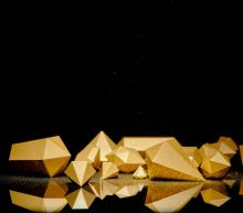 Gold Price Prediction – Prices Trade Sideways Following Trade Deal Announcement