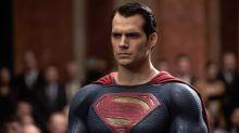 Henry Cavill negocia su vuelta como Superman en una nueva película de DC