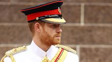 Prince Harry in uniform looks just like Prince Philip from 1957 pic