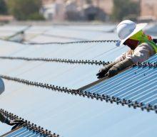 First Solar (NASDAQ:FSLR) Seems To Use Debt Quite Sensibly