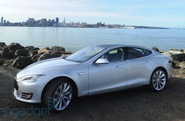 Tesla Model S se blinda de nuevo, ahora contra los ataques de los hackers