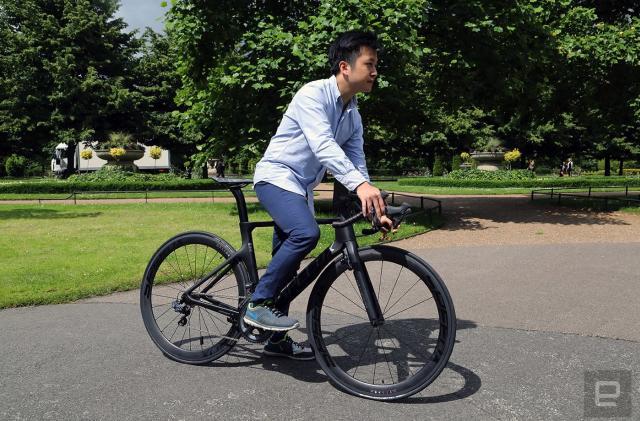Riding the SpeedX Leopard, a smarter carbon road bike