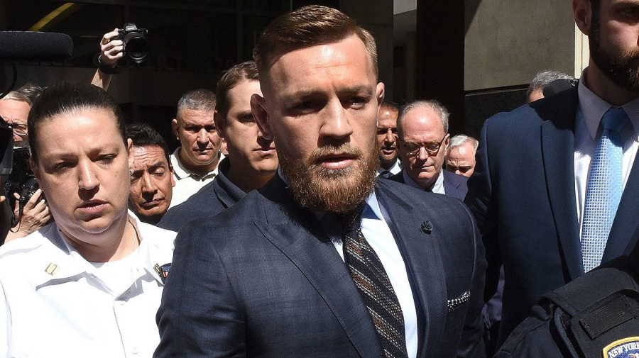 Conor McGregor briefly appears in New York court