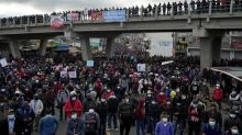Guatemalans protest president, attorney general