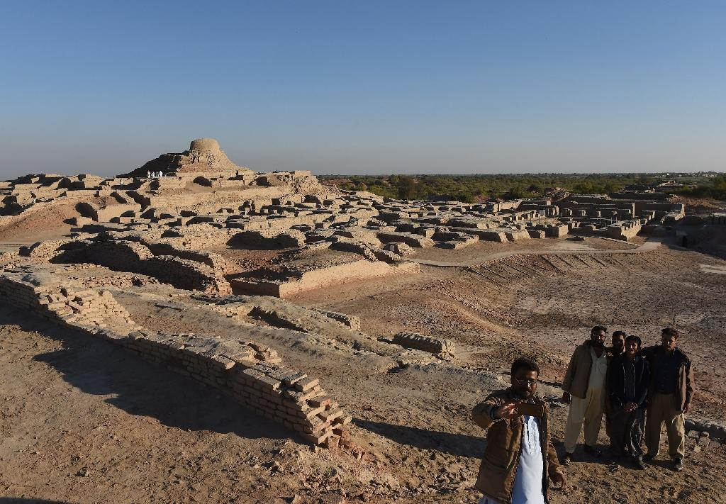 Archeologists warn that if nothing is done to protect Pakistan's Mohenjo Daro ruins -- already neglected and worn by time -- it will fade to dust and obscurity, never taking its rightful place in history. (AFP Photo/ASIF HASSAN)