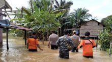 Denny Indrayana Sarankan Bantuan Korban Banjir Kalsel Dikirim Melalui Udara