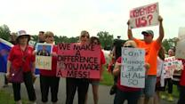 Protesters say 'hell no' to Christie