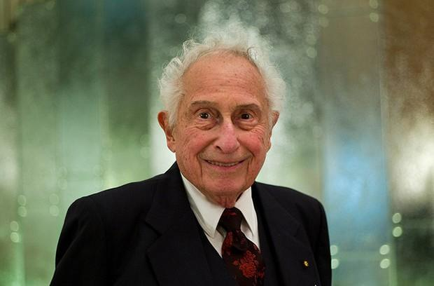 Stanford Ovshinsky, inventor of the NiMH battery, passes away at 89
