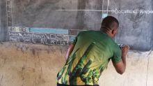 El final feliz del profesor de África que enseñaba Word a sus alumnos con una pizarra