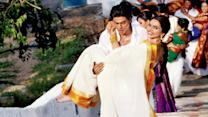 OMG SRK Walks Up 800 Steps With Deepika In His Arms In Chennai Express