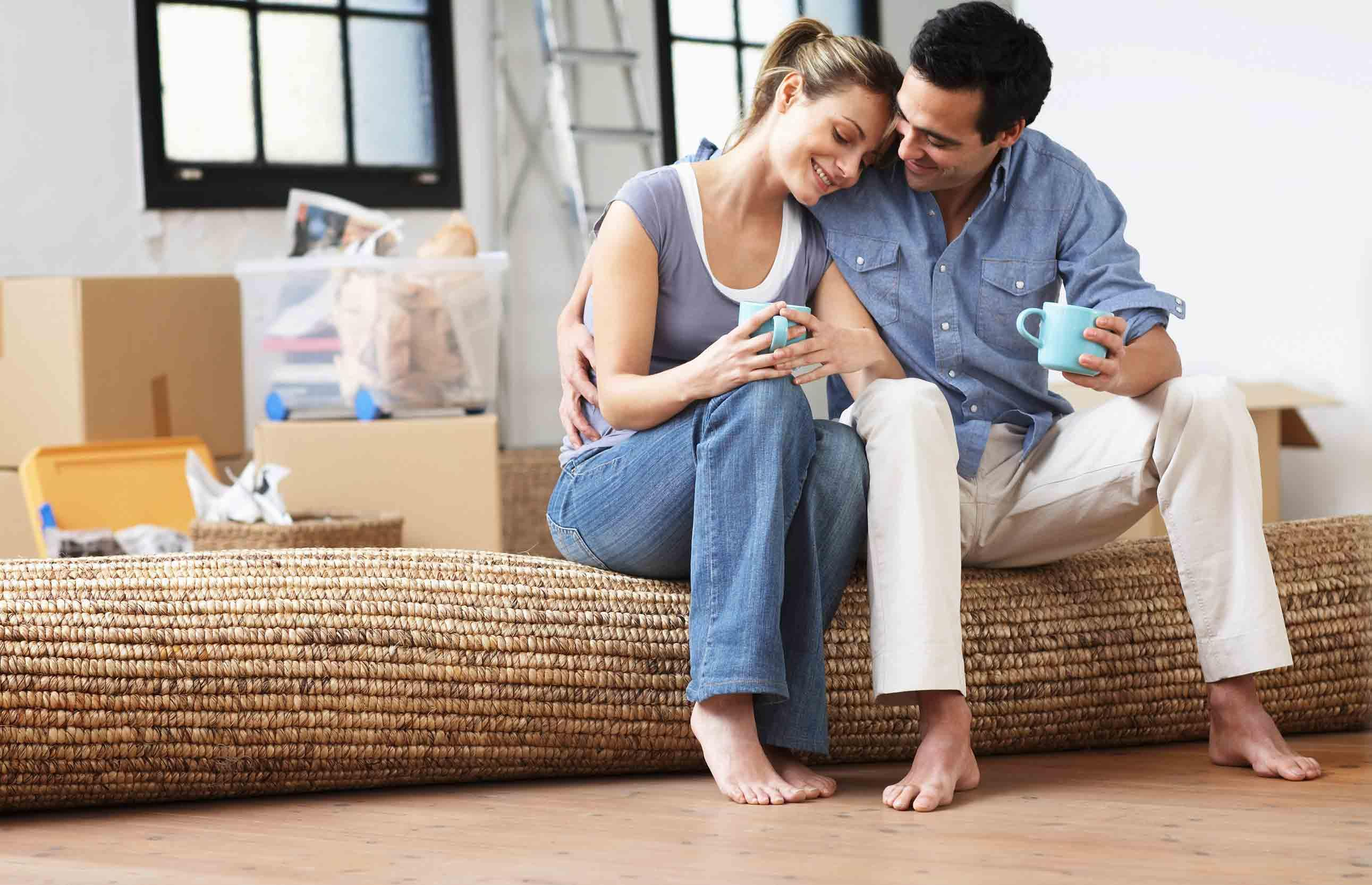 pictures-of-couples-living-together