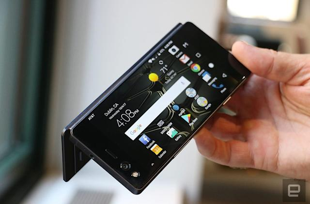ZTE Axon M hands-on: A new hope for dual-screen phones