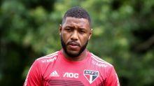 Vasco desiste de Jucilei, do São Paulo, e acerto com Guarín se aproxima