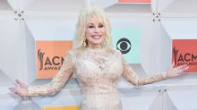 Dolly Parton and Carl Dean Renew Wedding Vows for 50th Wedding Anniversary