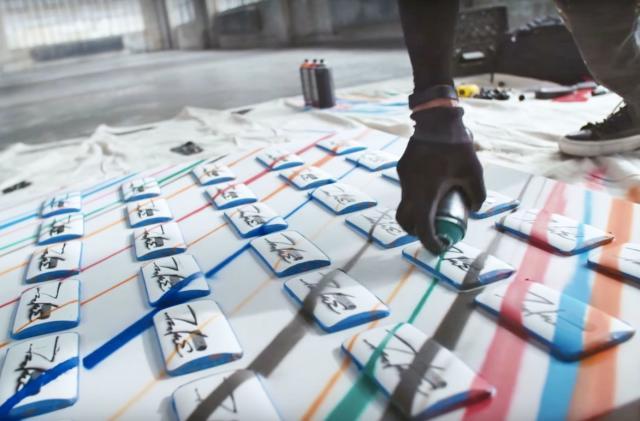 Motorola hired a graffiti legend to tag the Moto X Pure (update)