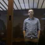 Jailed Kremlin critic Navalny at growing risk of kidney failure - medics union