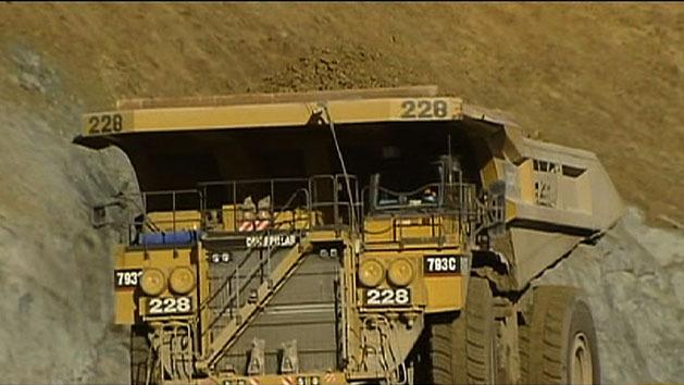 Gina Rinehart warns Govt on mining