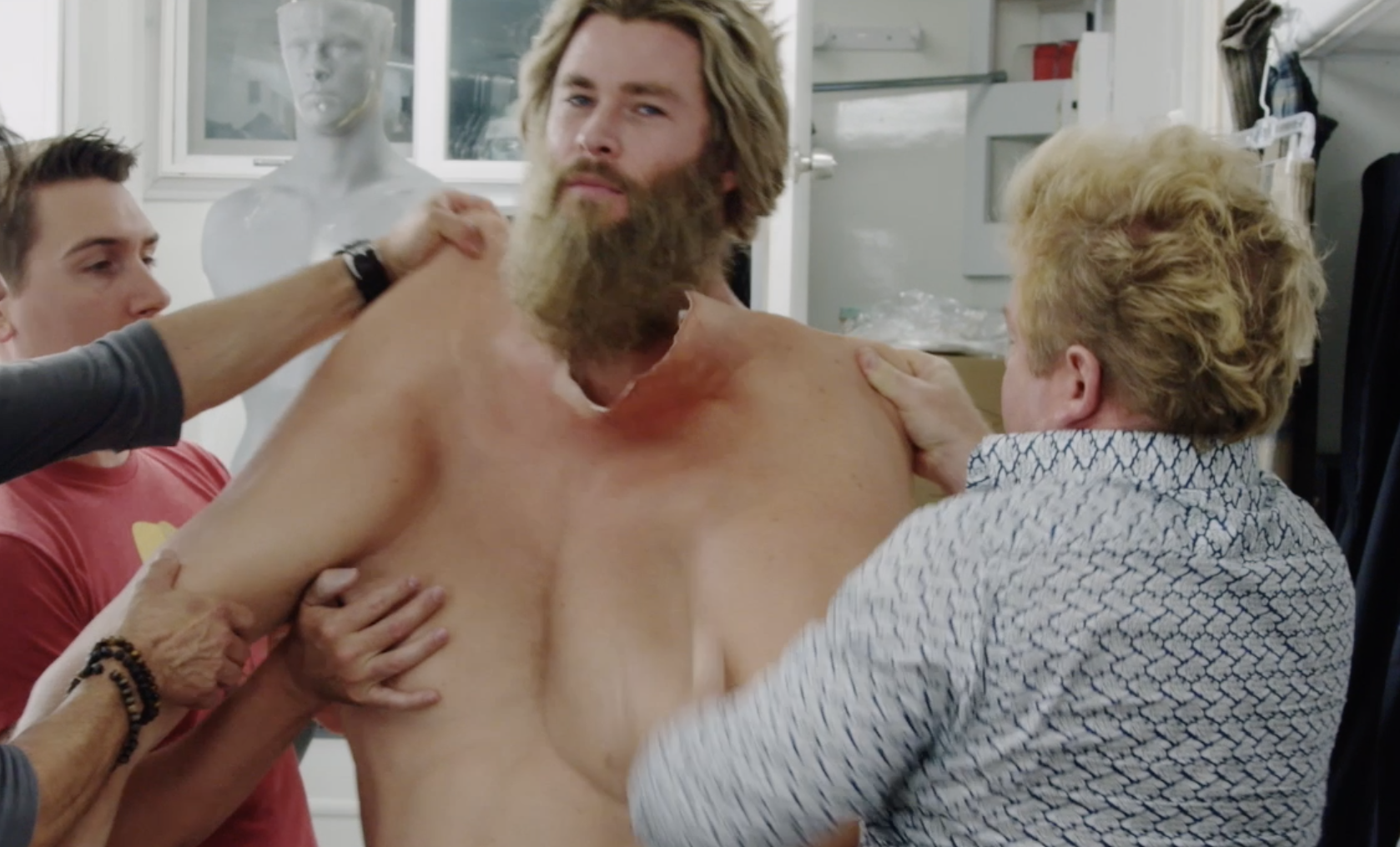 See Chris Hemsworth Jiggle Around In His Thor Fat Suit In