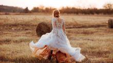 """Scopre il tradimento il giorno prima delle nozze e si vendica sull'altare: """"Celebriamo l'onestà"""""""