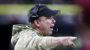 Sick of questions, Payton bites butcher's head off