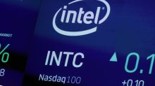 Intel's stock plunges as work on new computer chip bogs down