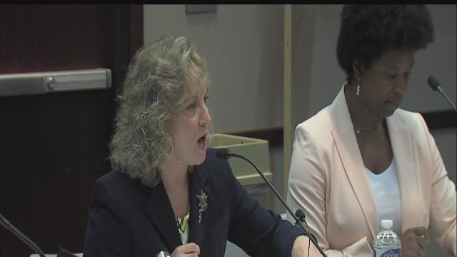 Supt. Glenda Ritz confirms A-F grade 'manipulation'
