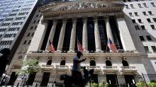 Wall Street sube en apertura impulsado por bancos y sector viajes